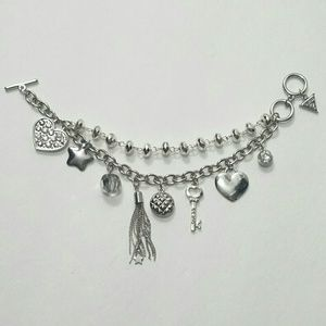 💍Guess Charm Bracelet NWOT with Free Gift